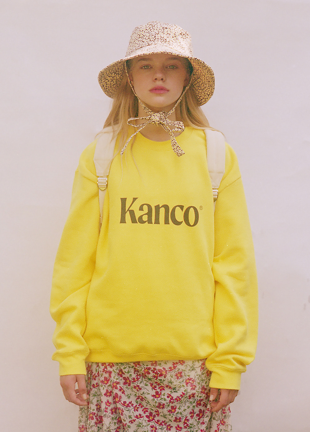 KANCO SERIF LOGO SWEATSHIRT yellow
